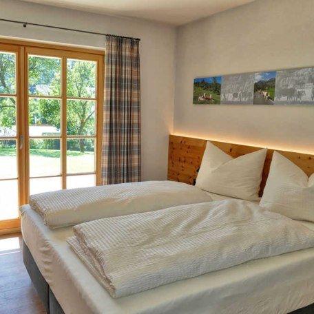 Schlafzimmer App. 2, © im-web.de/ Tourist-Information Bayrischzell
