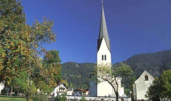 Kath. Pfarrkirche St. Margareth