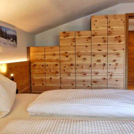 Schlafzimmer App. 8, © im-web.de/ Tourist-Information Bayrischzell