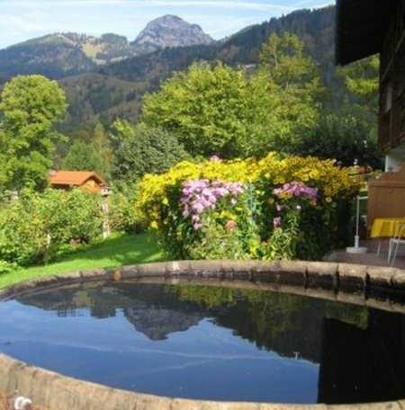 Der gespiegelte Wendelstein, © im-web.de/ Tourist-Information Bayrischzell